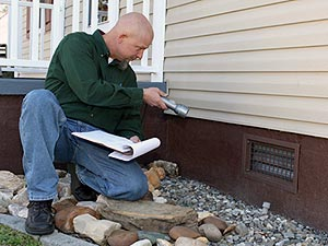 How to assess a Home's Foundation for Cracks before you buy.